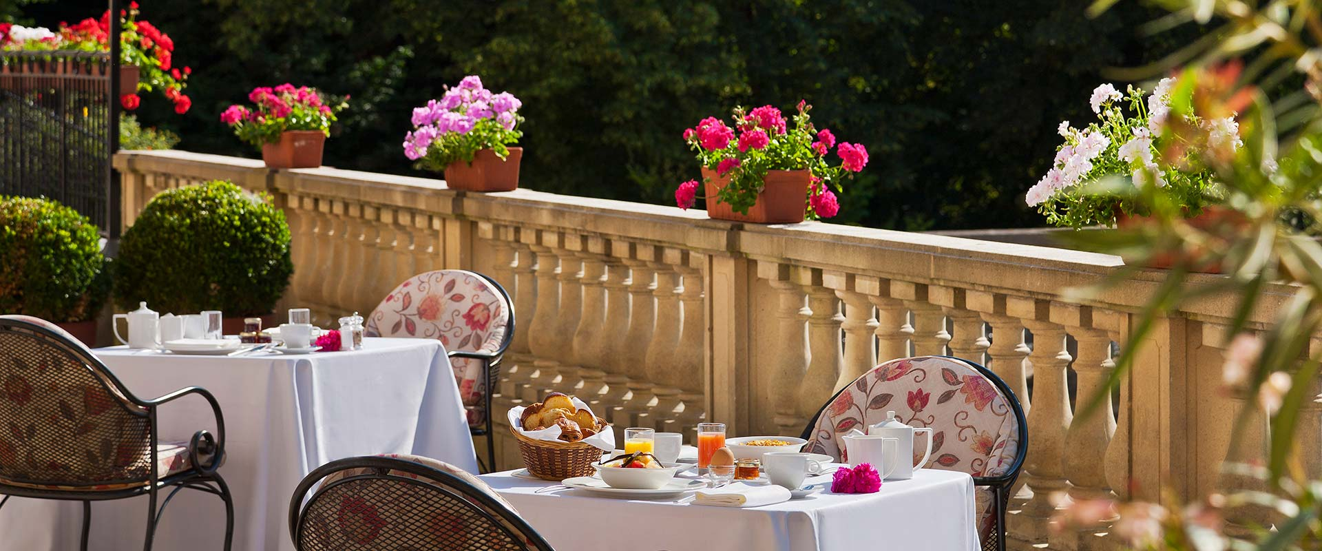 restaurant-gastronomique-terrasse