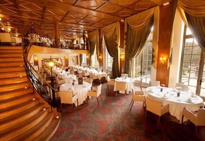 restaurant-gastronomique-vue-plongée