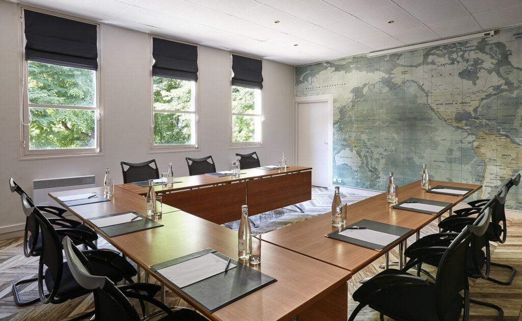 Hugo meeting room
