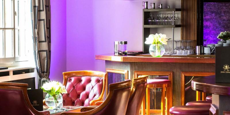 bar-james-edouard-interieur