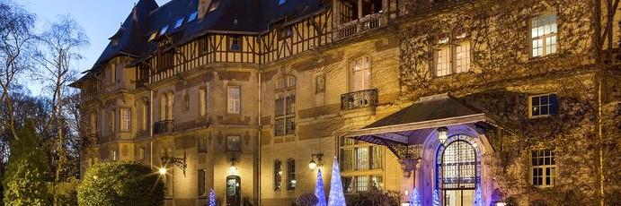 Château de Montvillargenne à Noël
