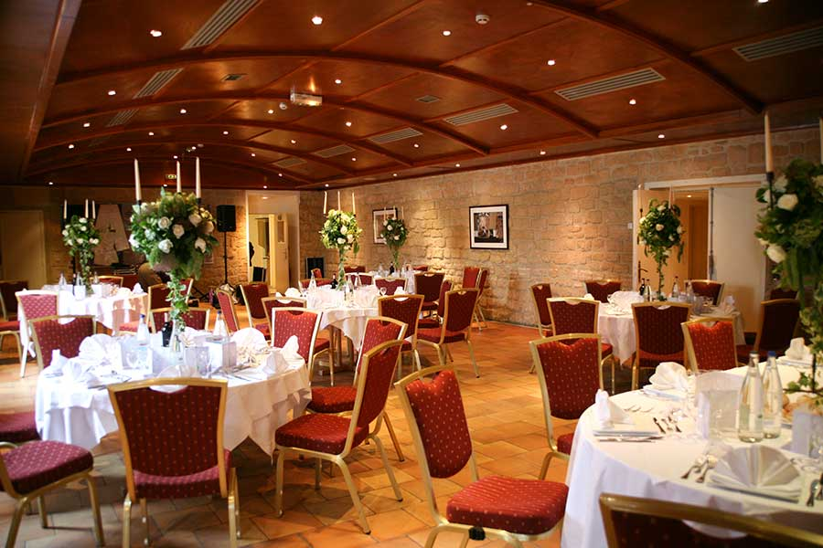 Salle de mariage avec jardin ile de france design de maison for Salon de jardin ile de france