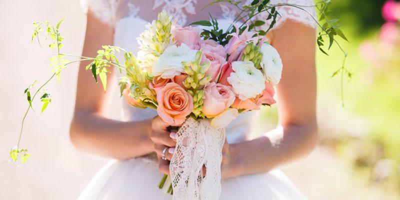 Offre: mariage à prix douce