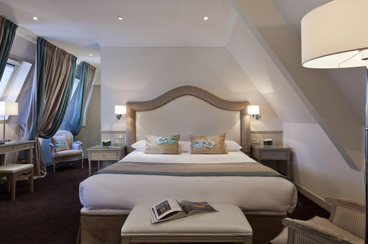 Chambre de luxe pour un week end en amoureux dans un ch teau chantilly - Chambre luxe paris ...